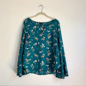 Forever 21 Women's Floral Bell Sleeve Blouse S